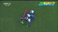 2014巴西世界杯每日进球小组赛 [受伤]因迪遭放铲重伤休克 被担架抬出场外 140619