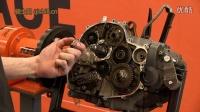 实拍 KTM Duke 690 发动机拆解全过程