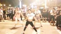 视频: 新沂沭河之光上个月,绅士钱柜健身会所秀舞2