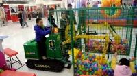 看5岁小盆友玩转儿童挖掘机 威肯游乐最新价格 最可靠生产厂家