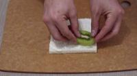 宝宝餐餐见 2014 宝宝轻易爱上的健康美食 水果奶油三明治