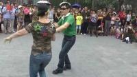 北海大龙水兵舞俱乐部8-2颐和园联欢几对舞友表演吉特巴