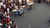 杭州西湖 街头乐队 现场演唱《真的爱你》🎸