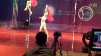 不得不看的高难度双人钢管舞视频 特殊性录像相关视频