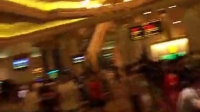 视频: 在澳门葡京赌场偷拍到的场景真是留恋啊!