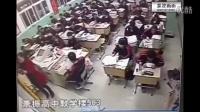 深圳高中校园实拍, 放学时男女学生拖着箱包走出学校