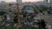 唐朝兄弟《塔吊》江油顺辉巴登广场工地画面。