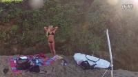 [美女](超清版)礁石海滩 超模湿润沙滩大片大秀巧克力肤色