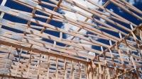 CS649木工搭构木结构房屋 温室影视高清实拍视频素材1080P