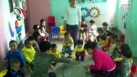 大埔县彩虹乐园托儿中心2014年11月小班体育游戏《小猫滚球》