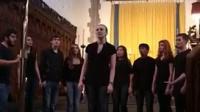 视频: Fireflies by The Dischords-Trinity College A Cappella group