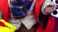 视频: 手机QQ视频_20150107204004奉化回来元旦期间在大姨家附近坐摇摇车