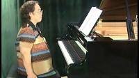efrfe如何弹钢琴