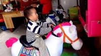 在华城火车站游乐园骑马--张智鑫