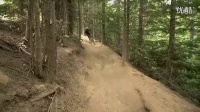 视频: 惠斯勒山地车速降Remy Metailler burns the Whistler Bike Park_高清