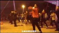 邓紫棋版《喜欢你》走进广场舞 中国大妈被赞紧贴潮流