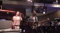 TONY AND DORI - COUNTING STARS - DANANG BAR 4-2015