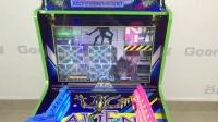 视频: 谷米动漫儿童枪机游戏机射击2合1异形越战大型投币打枪游乐设备描述视频