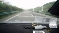 高速超速避让不及失控翻车