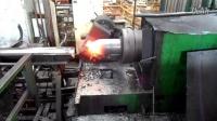 视频: 无缝气瓶收口制造过程,无人操作收口机 网址:www.shyqpc.com联系电话:18233807989 15930099458