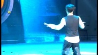卓君最新大学艺术节机械舞视频,自学街舞牛人乔圣楠忍膝盖伤跳完 洞房艳史 高清完整版相关视频