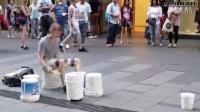 《西语video》-国外街头艺人草根的ROCK摇滚乐高手在民间
