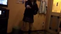 AKB48茂木忍が男とカラオケで踊ってる動画が流出