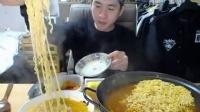 30奔驰哥老视频,微信:cnzdch——大胃王吃出个未来·韩国女主播吃货韩国吃饭直播真的是什么都吃,大胃王减肥美食视频美食人生大学生做菜