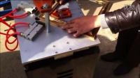 视频: 钉角机价格1 裱框切框机视频哪里有 钉角机原理 十字绣框拼框机操作视频