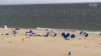 哈哈哈,当一阵风吹过沙滩。。。