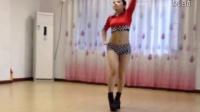 舞蹈房美女紧身热舞