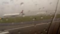 闪电击中达美航空737