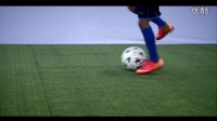 脚背外侧接地滚球