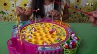 亲子游戏钓鱼比赛过家家玩具总动员健达奇趣蛋