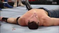 WWE塞纳与兰迪2人首次搭档淘汰了20人 全程释...