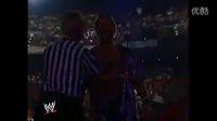 WWE 两女VS两男  现场打屁屁 扒胸围