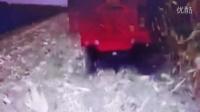 时风玉米收割机收割玉米的细节拍摄