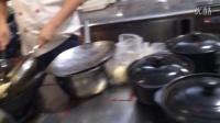 空心大麻球制作过程。    联系方式15355371500本人经营酒店特色菜外包,如下:生态鸭,花雕鸡,现做豆皮,铁锅豆浆,空心大麻球等!麻球学徒,
