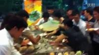 越南人吃自助餐