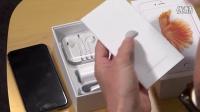 苹果6spuls玫瑰金和苹果6s银色开箱视频 [www.shanzhaimi8.com]