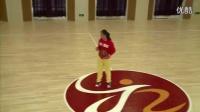 人教版小学体育六年级下册《篮球单手肩上投篮》教学视频