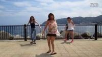 日本美女萌舞【にゃんしぇるっこ】まっさらブル�`ジ�`ンズ踊ってみた【水着】