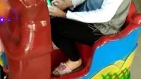 视频: 新版全新音乐熊出没摇摇车厂家直销0371-53698828,室内游乐场设备,投币游戏机河南新兴游乐设备玩具厂