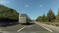 疯狂大客车高速超速