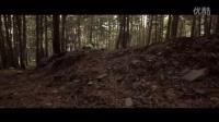 视频: COMMENCAL - 14岁少年AARON QUEROL的SUPREME JUNIOR青少年速降车骑行~