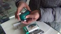 超人19a电动剃须刀电池安装方法