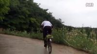 视频: 草原狼买菜车踩上北武台山顶