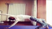 瑜伽初级教程在家就可以练习美女亲身示范 没有的事情 完整版相关视频