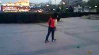 视频: 星彩轮轮滑风火轮教学演示
