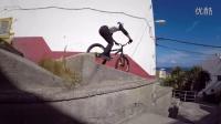 视频: Danny MacAskill 楼顶见穿梭的极限自行车